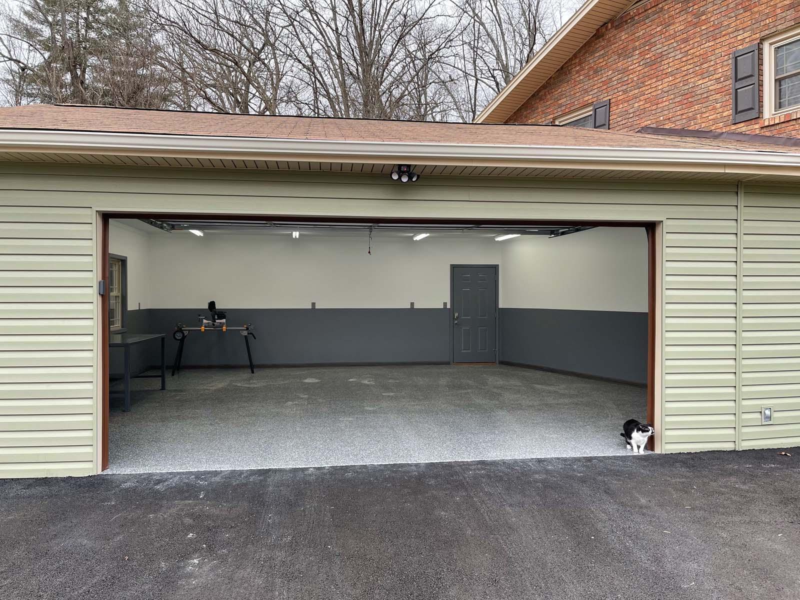 Lyons Garage